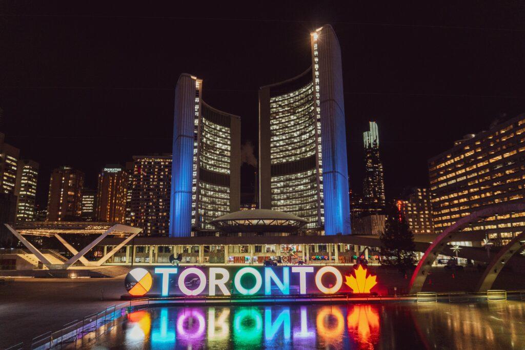 thành phố Toronto - thủ đô của tỉnh bang Ontario